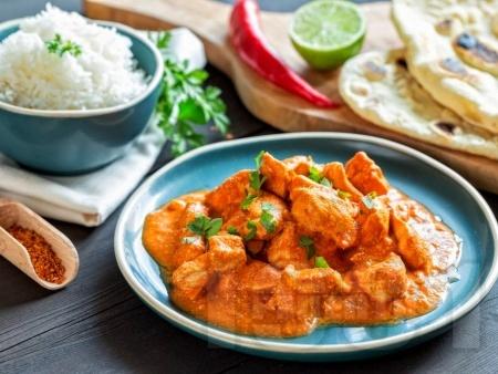 Маслено пиле със сметана и доматен сос по индийски - снимка на рецептата